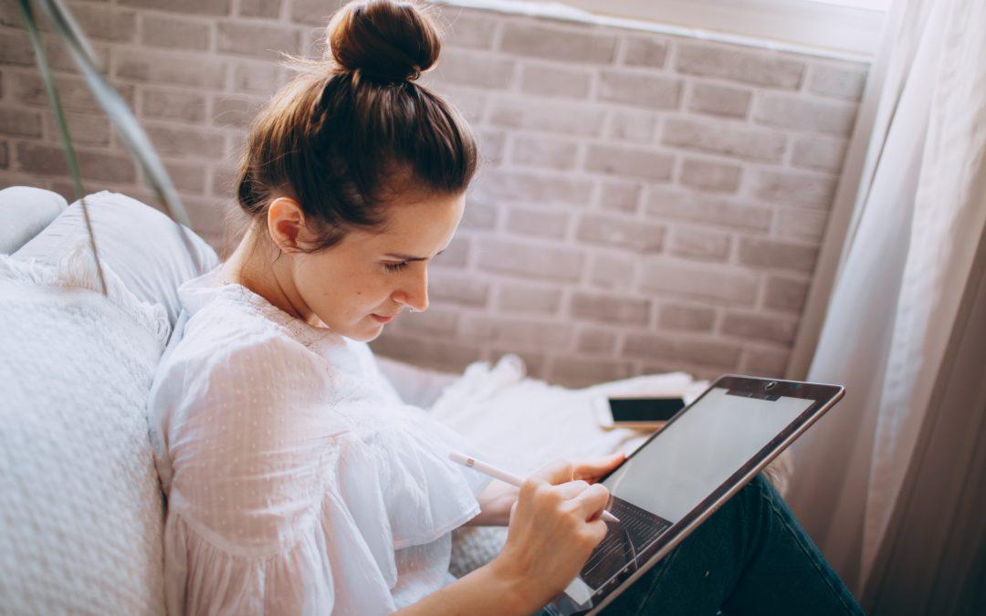 Frais professionnels en télétravail : que doit prendre en charge l'employeur ?